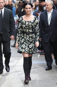 Katy perry good morning america appearance in new york september 6