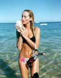 Adriana Karembeu (Sklenarikova) She has the longest legs of all supermodels. Her hip-to-heel measurement is 124 cm (49 in.). Foto 67 (Адриана Скленарикова Она имеет самую протяженную ног всех супермоделей.  Фото 67)