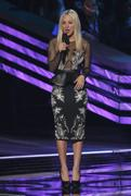 http://img141.imagevenue.com/loc407/th_813534612_Kaley_Cuoco_Peoples_Choice_Awards12_122_407lo.JPG
