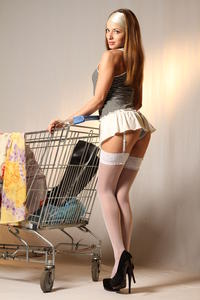 http://img141.imagevenue.com/loc473/th_999404461_tduid300163_MetArt_Entita_Alyssa_A_high_0001_123_473lo.jpg