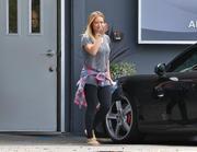 http://img141.imagevenue.com/loc512/th_878622354_Hilary_Duff_leaving_Pilates_class10_122_512lo.JPG
