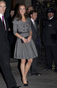 [Image: th_486410298_tduid2273_Kate_Middleton_39_122_92lo.jpg]